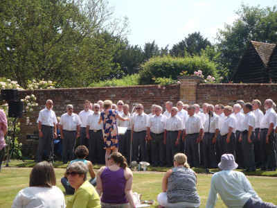 HMVC in full voice at Odiham Church Festival - 6 July